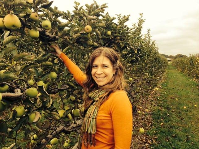 Easy Pickin's Orchard | 2Teaspoons.com