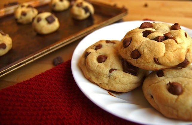Chewy Chocolate Chip Cookies | 2Teaspoons.com