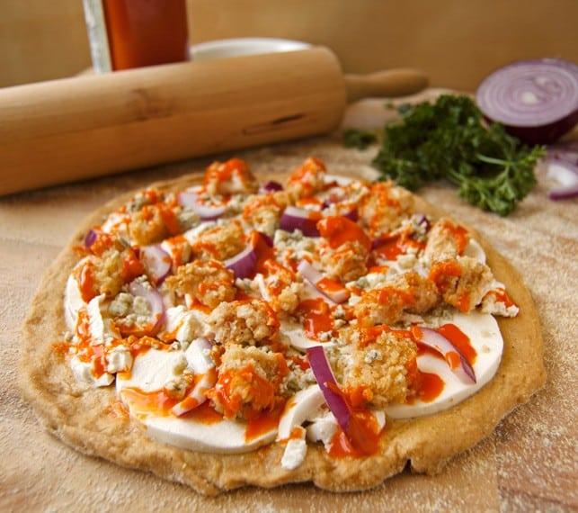 Healthy Buffalo Chicken Pizza - 2Teaspoons