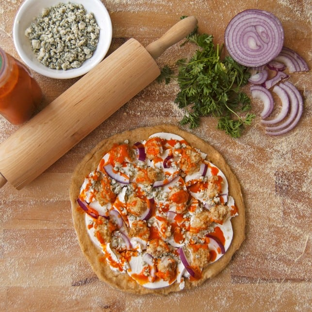 Healthy Buffalo Chicken Pizza - 2Teaspoons
