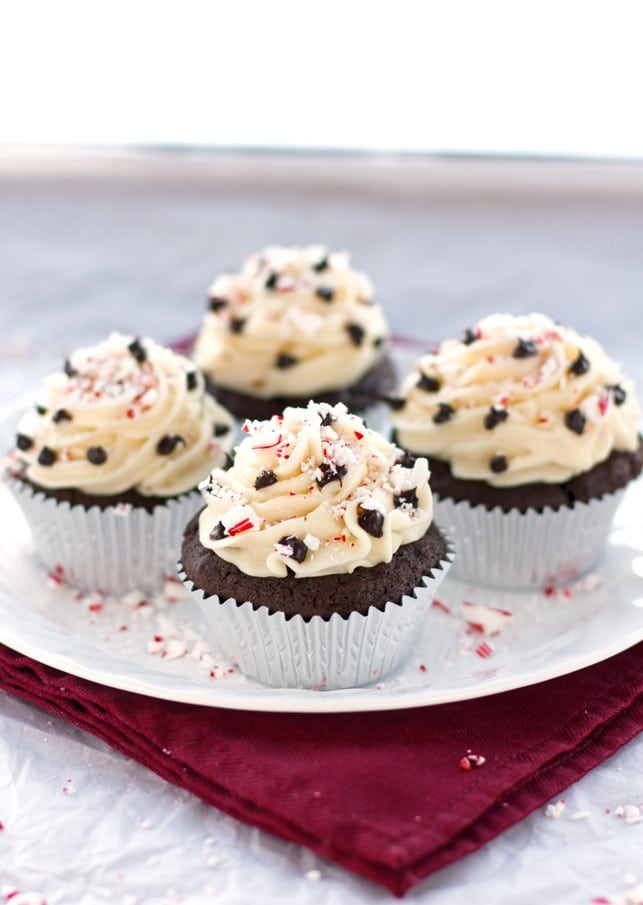 Peppermint Chocolate Cupcakes - 2Teaspoons