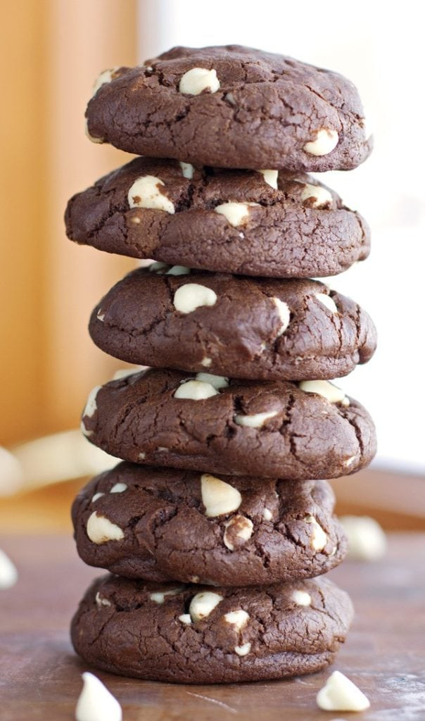 Chewy Chocolate Brownie Cookies - 2Teaspoons