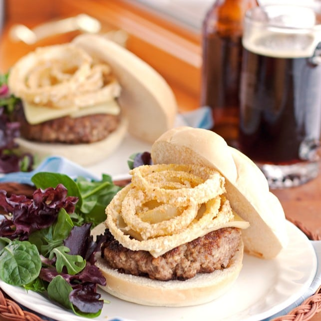 Cheeseburgers Topped With Healthy Baked Onion Rings - 2Teaspoons