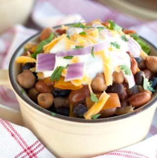 Crockpot Three Bean Chili - 2Teaspoons