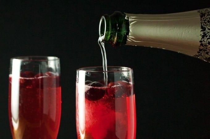 Cranberry Champagne Cocktails - 2Teaspoons